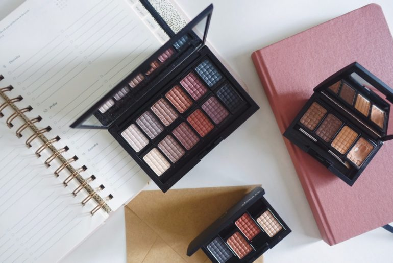 Doucce's Freematic Eyeshadow Pro Palette